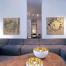 """""""זרי פרחים"""" של משה גרשוני. 8,000 דולר בקסטיאל"""