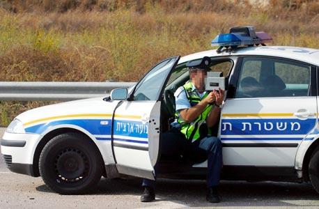 שוטר תנועה (ארכיון), צילום: יריב כץ