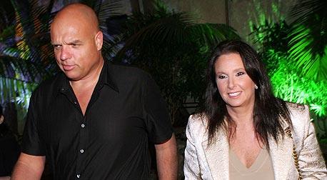 שרי אריסון ובעלה לשעבר עופר גלזר. ברניב התכתבה איתו על פלד, צילום: יריב כץ