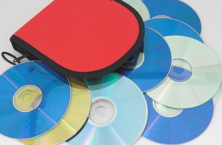 תוכנה על CD-ROM אפשר למכור