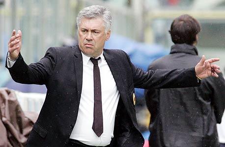 """קרלו אנצ'לוטי. בונוס של 1 מיליון ליש""""ט אם יביא את הגביע שאברמוביץ' רוצה באמת"""