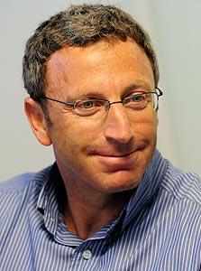 """משה ליכטמן מנכ""""ל מרכז הפיתוח של מיקרוסופט בישראל."""