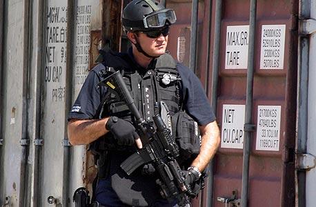 """ימ""""מ מונחה האקר. שוטר יחידה מיוחדת בתרגיל"""