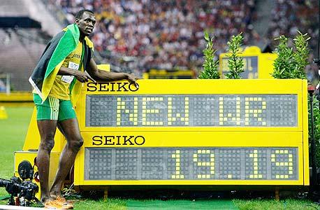 יוסאיין בולט עם שיא העולם המדהים שלו ב-200 מטר. הכל בגללו