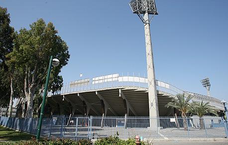 אצטדיון בלומפילד