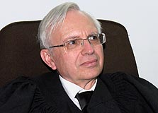 השופט דניאל בארי. אחד משופטיו של איש העסקים דוד אפל, שנותרו שלושתם מחוץ לרשימה
