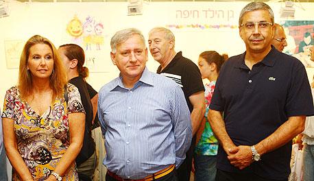 מימין ציון קינן יאיר סרוסי שרי אריסון באירוע התרמה של בנק הפועלים, צילום: אוראל כהן
