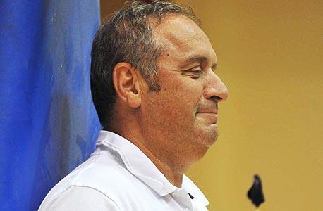 צביקה שרף הוא המאמן בעל השכר הנמוך ביותר ביורובאסקט