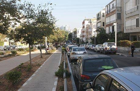 מצוקת חניה ברחוב נורדאו בתל אביב