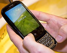 Palm Pre. קיבל ביקורות טובות, אבל לא צבר תאוצה בשוק, צילום: בלומברג