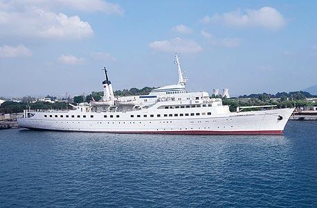 הספינה של מיקי בר