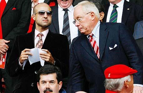 """ג'ורג' ג'ילט עם הנסיך פייסל מערב הסעודית. אין התקדמות במו""""מ"""