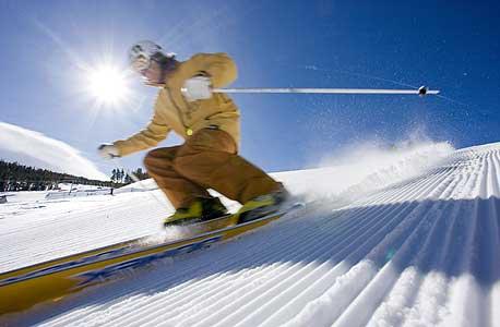 סקי, צילום: בלומברג