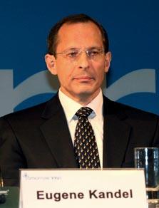 ראש המועצה הלאומית לכלכלה ויוזם התוכנית, יוג'ין קנדל