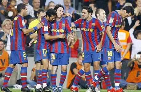 """שחקני ברצלונה חוגגים. """"החווה היא חלק חשוב מאוד מהמועדון – אחד מהדברים הכי חשובים שאנחנו עושים כאן"""""""