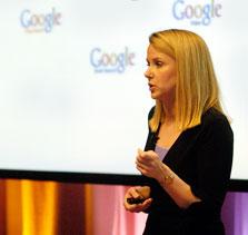 סגנית נשיא גוגל מאריסה מאייר. מתעלמת מכוחה