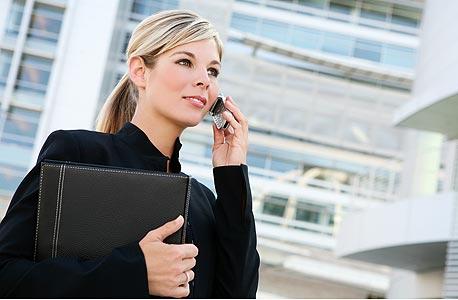 אשת קריירה - שיא השכר בגיל 40