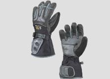 כפפות של Mountain Hardwear עם מערכת חימום חשמלית