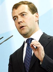 רוסיה: האוליגרכים רבים, הממשלה לוקחת