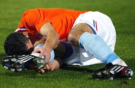 ספורט בצהריים: הפציעה של רובין ואן פרסי תשנה את עולם הכדורגל?