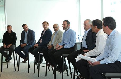 משתתפי פאנל המשקיעים במפגש בפירמת שבלת בסן פרנסיסקו, צילום: עמית שעל