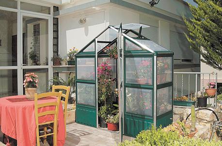 """ריהוט גן המוצר הכי נמכר  של כתר, צילום: יח""""צ"""