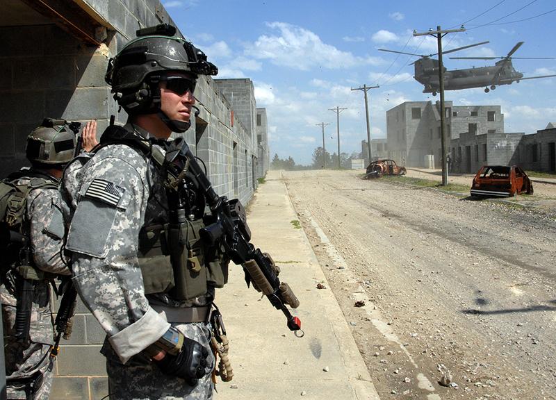 """צבא ארה""""ב. מוציאה על ביטחון יותר מאשר כל 9 המדינות הבאות אחריה ברשימה גם יחד"""