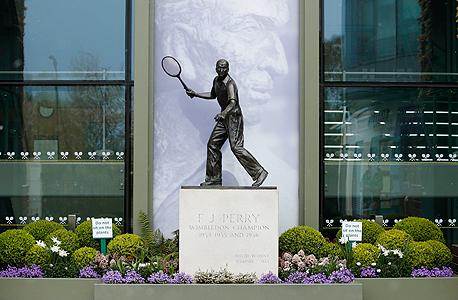 פסל של פרדי פרי בווימבלדון. מצטרפים למגמה, צילום: רויטרס