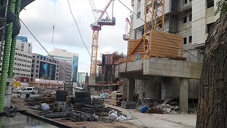 בנייה בתל אביב