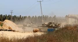"""כוח צה""""ל בסמוך לגבול רצועת עזה , צילום: בראל אפרים"""