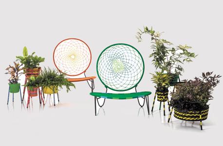 כיסא קלוע ועציצים שיצר טורד בונטייה לחברת מורוסו