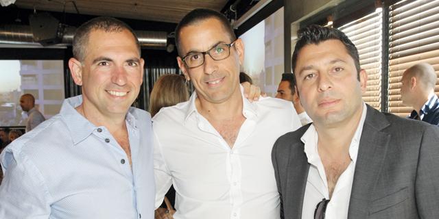 """השותפים באקרו נדל""""ן: זיו יעקבי, אילן קפון וצחי ארבוב, צילום: רפי דלויה"""