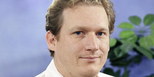 """ראש חטיבת המחקר של מחשוב קוואנטי ב־IBM ד""""ר ג"""