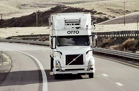 משאית ללא נהג. הפיתוח של Otto, צילום: Otto