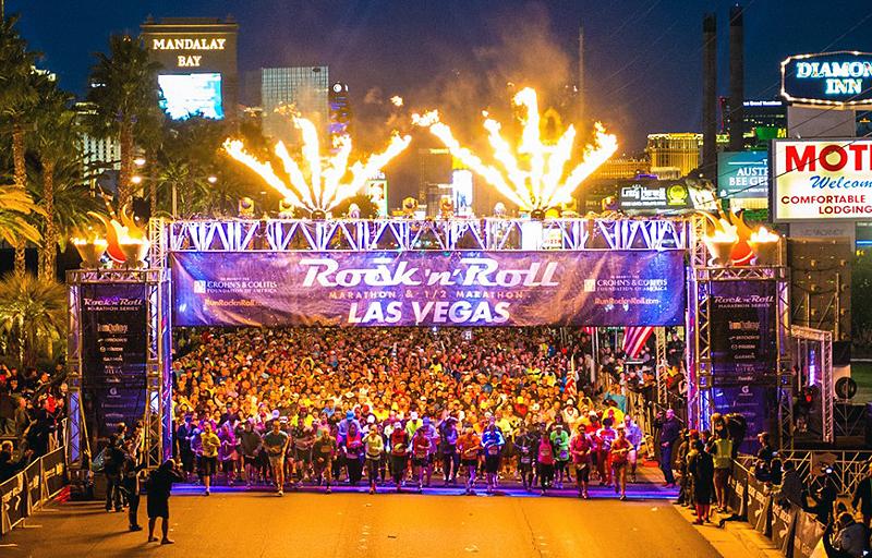 מרתון לאס וגאס. לרוץ עם אלביסים וסנופ דוג, צילום: teamintraining.org