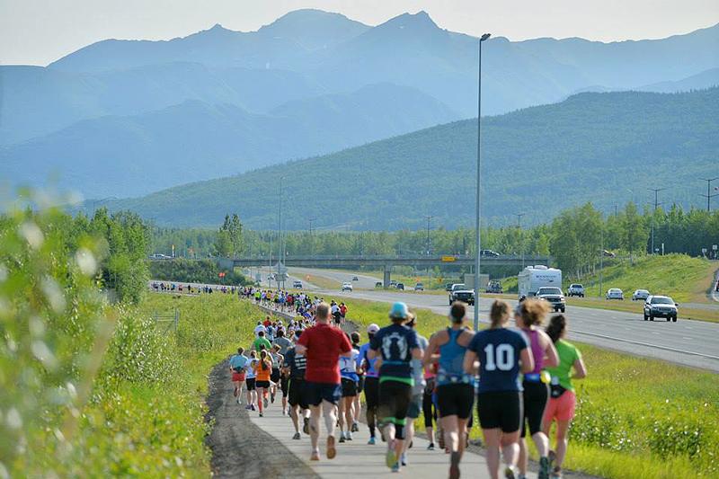 מרתון אלסקה. ביום הכי ארוך בשנה, צילום: facebook/AnchorageMayorsMarathon