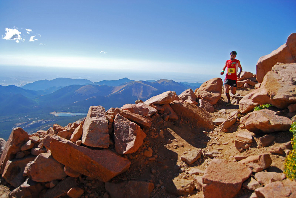 מרתון קולורדו. לטפס 2,382 מטר בריצה