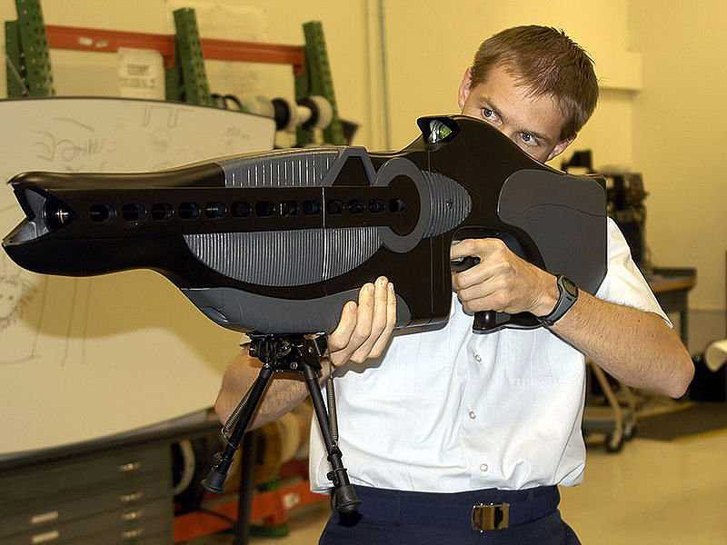 רובה פייזר (PHASR), צילום: YouTube