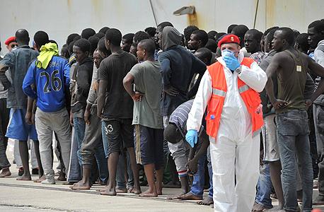 פליטים בדרום איטליה