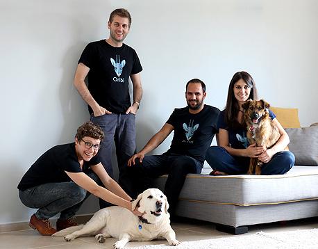 צוות אוריבי, מימין: איריס שור, נבו אלמלם, אלון שושני ויולי זינגרמן