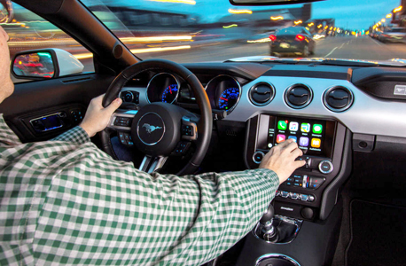 טכנולוגי סמארטפון רכב אפל קארפליי