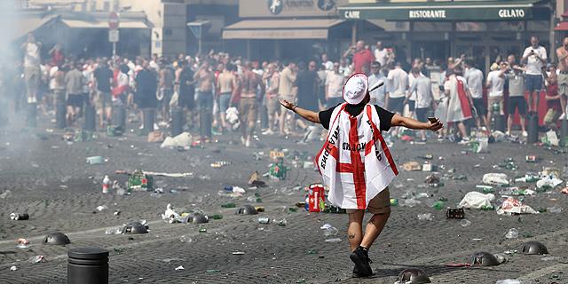 האם אוהדי אנגליה באמת אשמים במהומות ביורו?