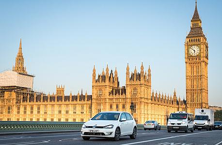 רכב פולקסווגן גולף לונדון