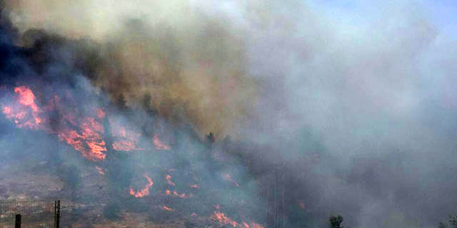 שריפה גדולה משתוללת בירושלים, כביש מספר 1 נסגר