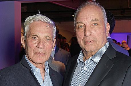 "האחים דיוויד וסיימון ראובן. הון של 13 מיליארד ליש""ט"