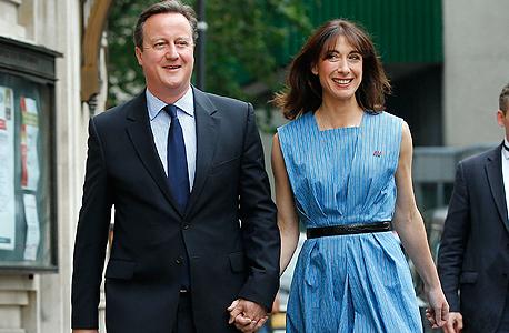 ראש ממשלת בריטניה דיוויד קמרון ורעייתו סמנתה. הקמפיין שלו להישארות באיחוד האירופי כשל