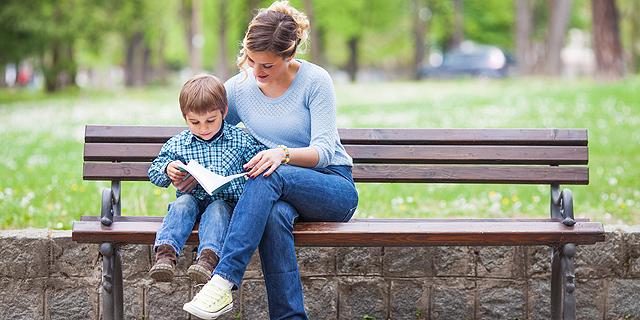 בלי חרטות: ההורים שהחליפו קריירה כדי לבלות יותר זמן עם הילדים