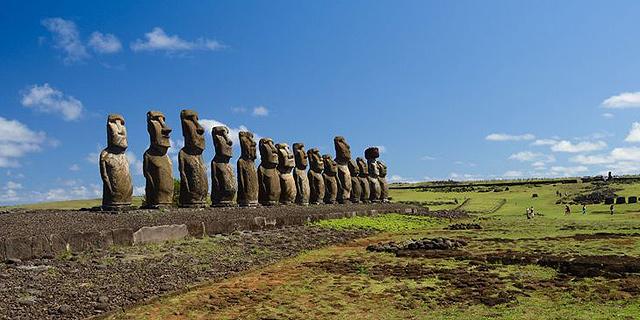 היסטוריה נמסה בשמש: אתרי התיירות שנהרסים משינויי אקלים