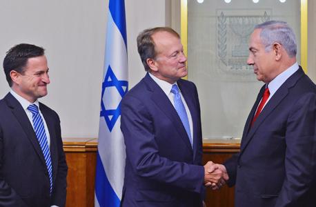 """בנימין נתניהו  ג'ון צ'ימברס סיסקו מנכ""""ל החברה בישראל אורן שגיא, צילום: קובי גדעון"""