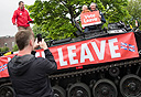 מוסף שבועי 30.6.16 ברקזיט תומכי הפרישה בסנדרלנד בריטניה, צילום: בלומברג